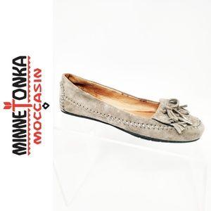 Minnetonka moccasin Suede Ballet Flat Gray size 5
